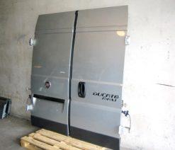 ducato06-reardoor